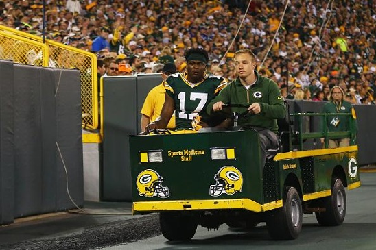davante adams injured jpg